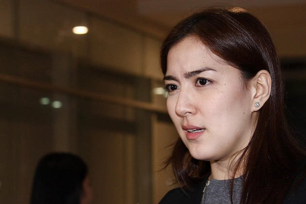 Ara Mina YouTube Video http://dominicolaude.wordpress.com/2012/04/19/ara-mina-files-libel-grave-coercion-charges-vs-sister-cristine-reyes/