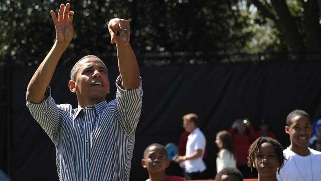 Obama Goes 2 For 22 On Basketball Court