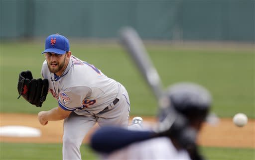 Niese outpitches Verlander in Mets' win