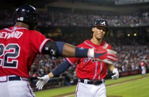 Teheran, Simmons lead Braves past Arizona, 3-0