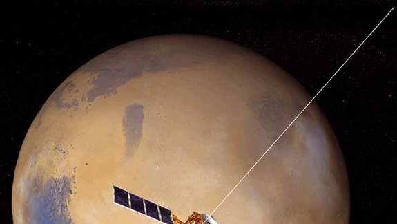 Risky Mars Moon Flyby Tops Europe's 2013 Space Goals