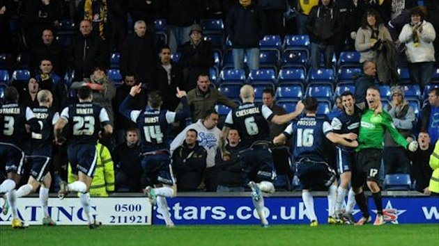Southend United's players celebrate