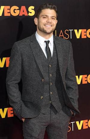 Jerry Ferrara steps out at the 'Last Vegas' premiere at the Ziegfeld Theater on October 29, 2013 in New York City -- Getty Images