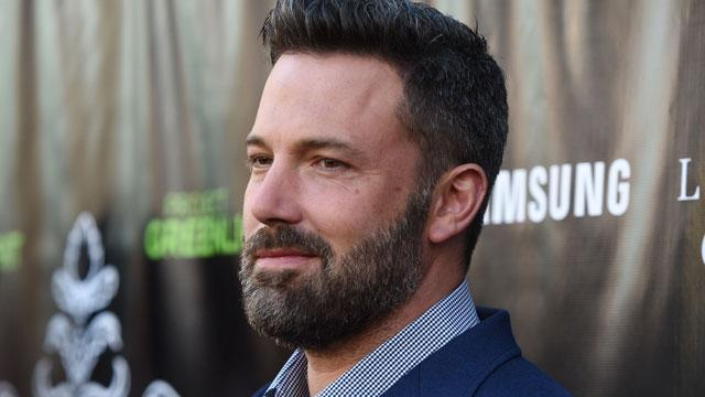 Ben Affleck Has Officially Ditched His Wedding Ring in L.A.