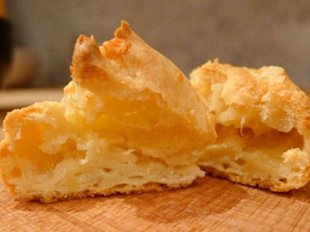 French-Style Cheese Puffs