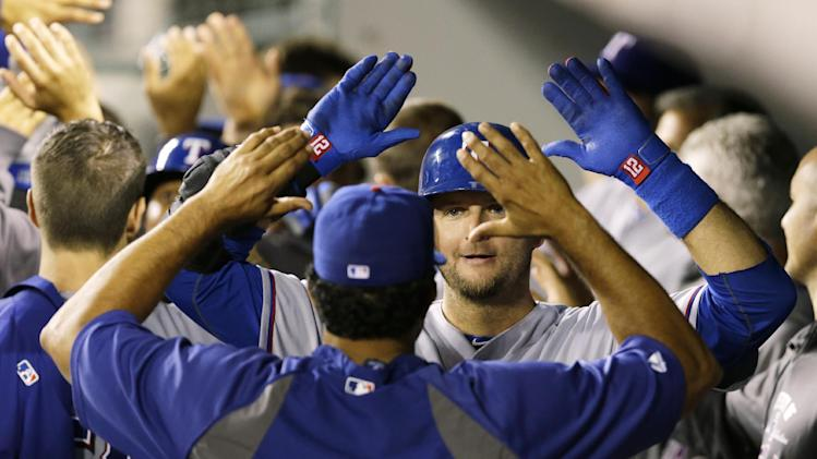 Pierzynski homers as Rangers beat Mariners 8-3
