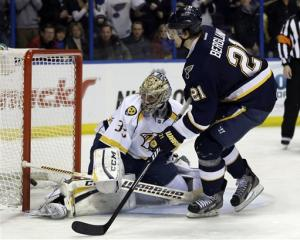 Halak leads Blues to 3-0 win over Predators