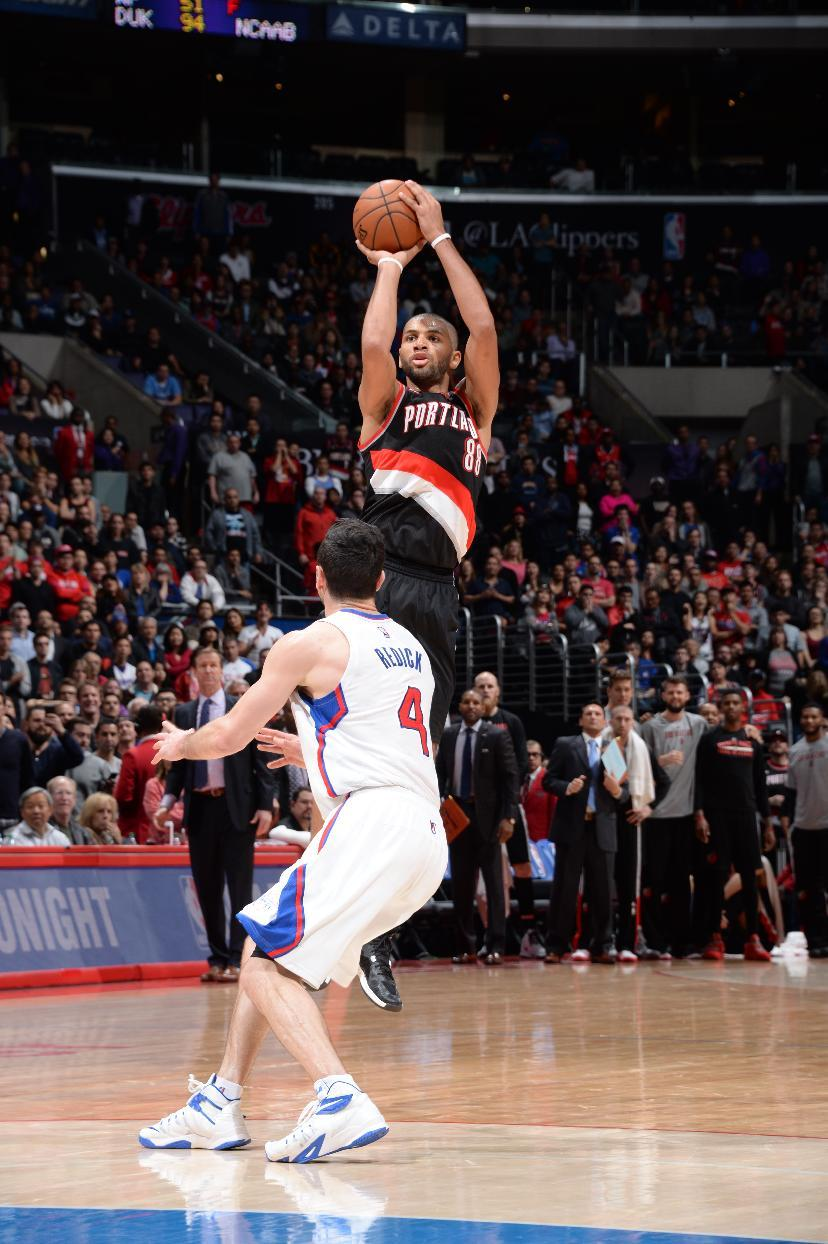 Batum rallies Trail Blazers past Clippers 98-93 in OT