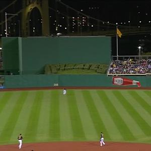 Suarez's two-run shot