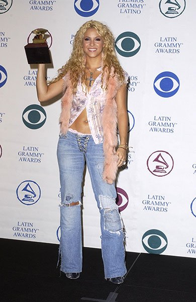 Shakira wore ripped jeans