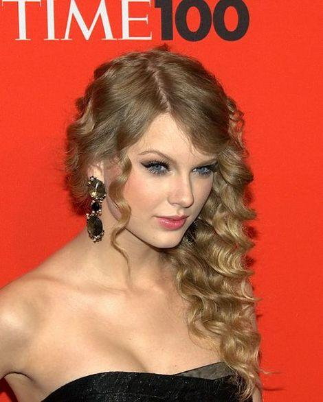 Taylor Swift Channels Rapunzel, Plus Where She's Been and What She's Up To