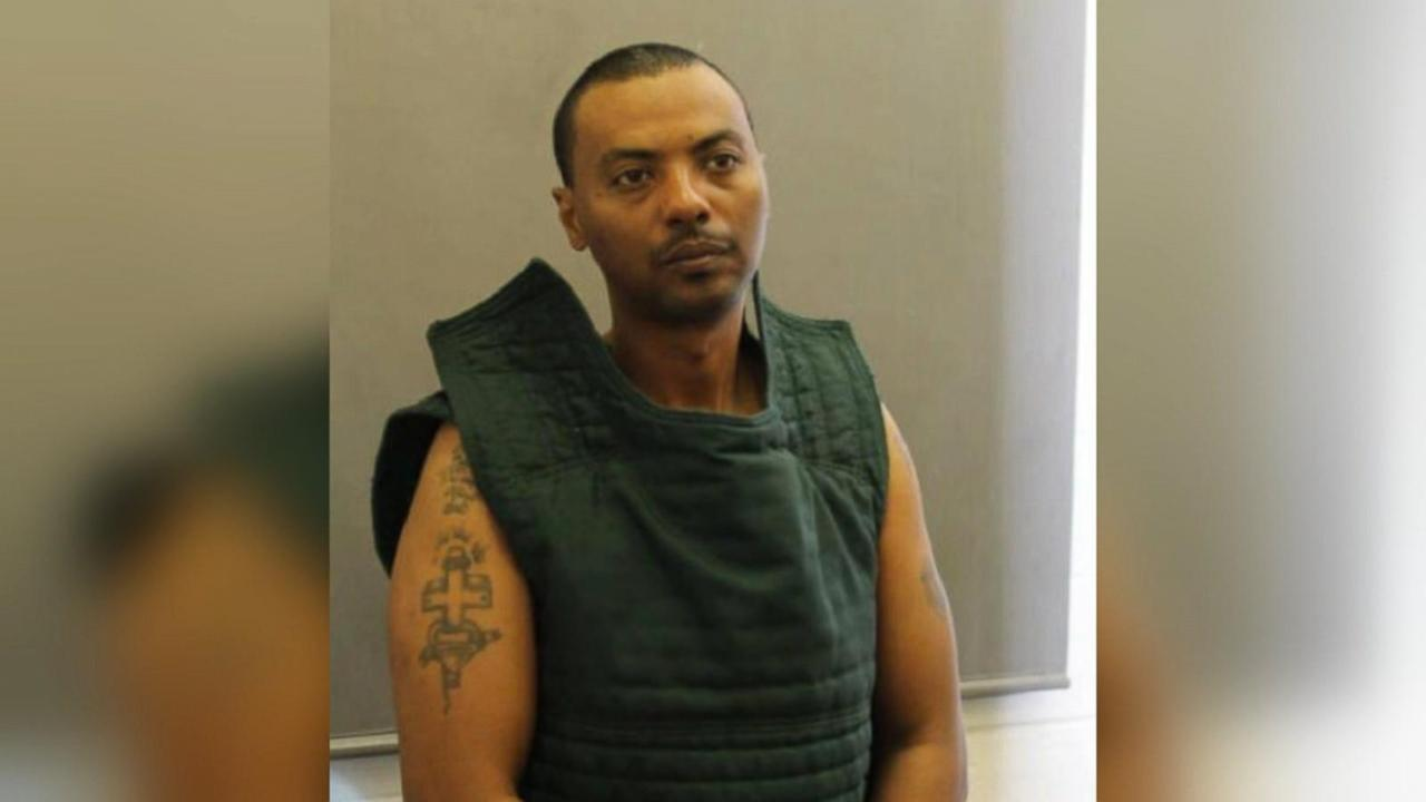 Virginia Hospital Shooting: Armed Prisoner in Manhunt May Have Switched Cars
