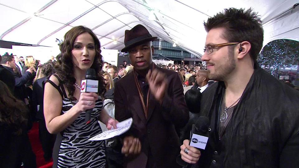 2010 Red Carpet Interview (American Music Awards)