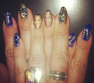 beyonce nail art