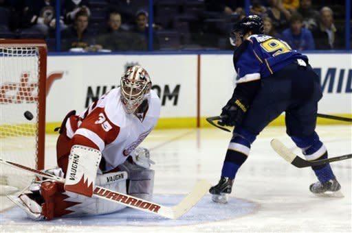 Blues manhandle Red Wings 6-0 in opener