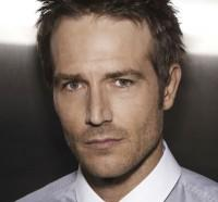 UTA Signs Actor Michael Vartan