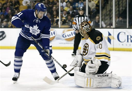 Bruins beat Maple Leafs 3-2 in shootout