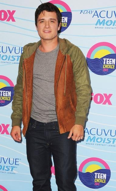 Josh Hutcherson poses in the press room during the 2012 Teen Choice Awards at Gibson Amphitheatre in Universal City, Calif. on July 22, 2012  -- Getty Premium