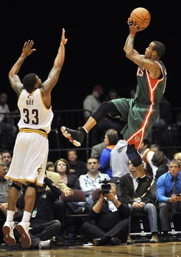 Jennings, Ellis lead Bucks past Cavaliers 97-80