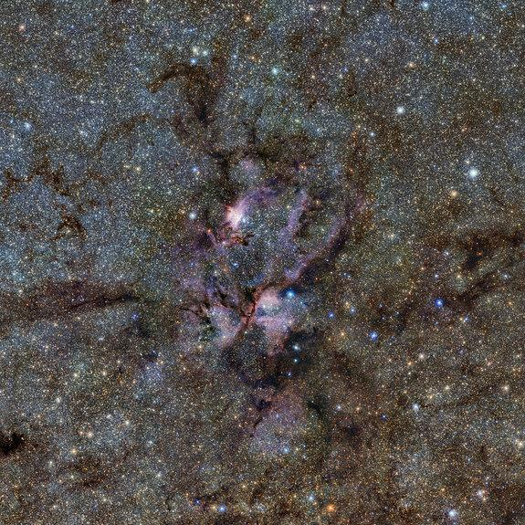 'Cosmic Lobster' Caught in Amazing Space Photo