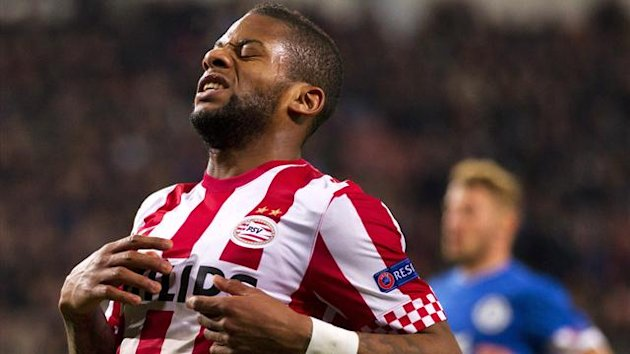 Jeremain Lens of PSV Eindhoven reacts during their Europa League Group F soccer match against Dnipro Dnipropetrovsk in Eindhoven November 22, 2012 (Reuters)