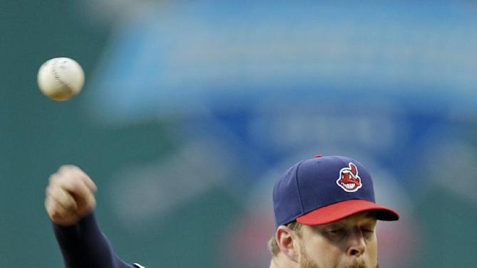 Kluber stops Reds, Indians win 7-1