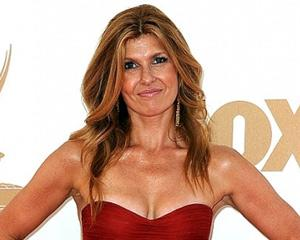 Fall TV: ABC Picks Up Connie Britton's Nashville, Sarah Chalke's Parents Plus 6 Others
