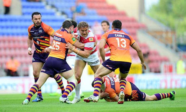 Rugby League - Tetley's Challenge Cup, Quarter Final - Wigan Warriors v Widnes Vikings - DW Stadium