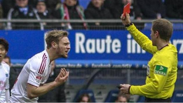 Bundesliga - Five-match ban for Hamburg's Beister