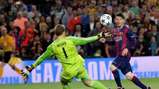 Barcelona's Lionel Messi, right, scores his second goal past Bayern's goalkeeper Manuel Neuer during the Champions League semifinal first leg soccer match between Barcelona and Bayern Munich at the Camp Nou stadium in Barcelona, Spain, Wednesday, May 6, 2015.  (AP Photo/Emilio Morenatti)