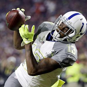 Indianapolis Colts wide receiver T.Y. Hilton beats teammate cornerback Vontae Davis for 14-yard TD