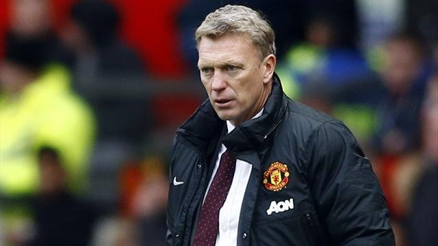 Premier League - Disaster for Moyes as struggling United lose again