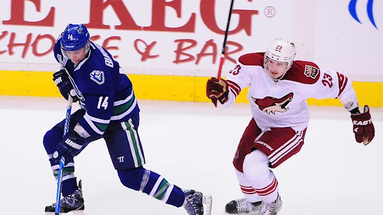 NHL: Phoenix Coyotes at Vancouver Canucks