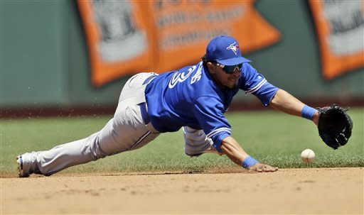 Dickey leads Blue Jays past Giants 4-0