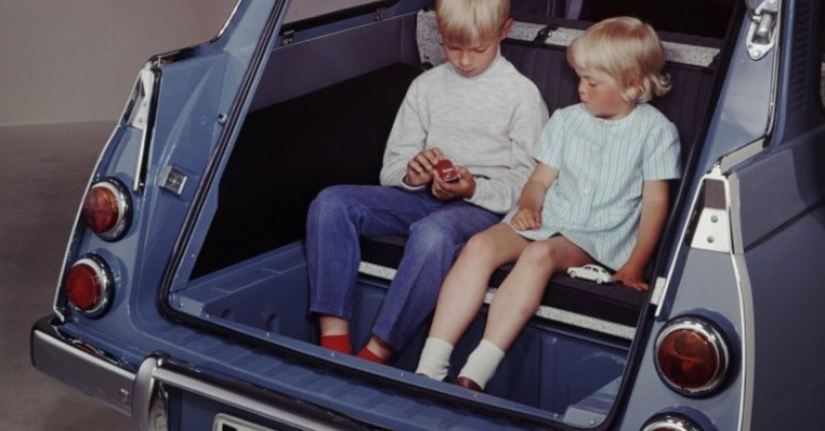 Old Common Car Features We'll Never See Again