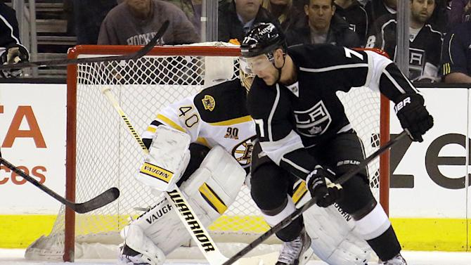 Justin Williams leads LA Kings past Boston 4-2