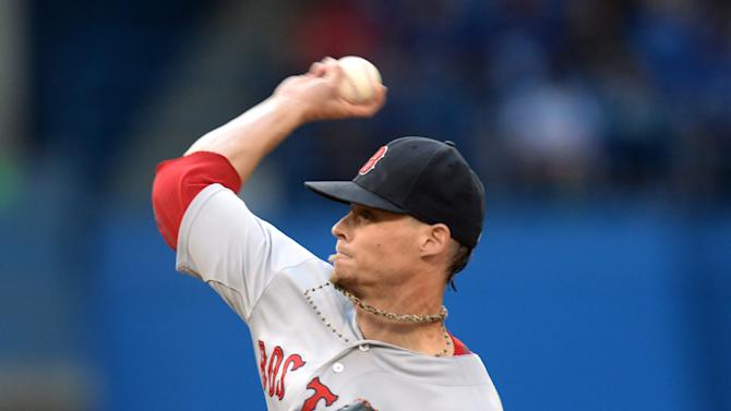 Buchholz pitches gem, Red Sox beat Blue Jays 3-1