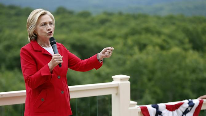 Democratic presidential candidate Hillary Rodham Clinton speaks to supporters at organizing event at a private residence, Saturday, July 4, 2015, in Glen, N.H. (AP Photo/Robert F. Bukaty)