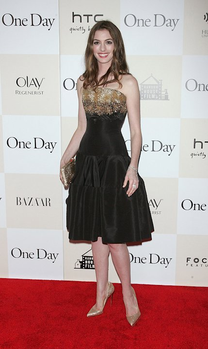 One Day NY Premiere 2011 Anne Hathaway