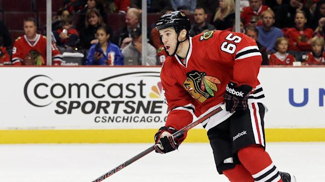 Blackhawks agree to terms with F Shaw