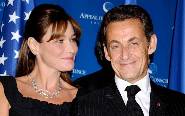Carla Bruni-Sarkozy :  Carton  lhospice