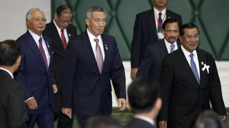 SE Asia to ask China to start talks over islands