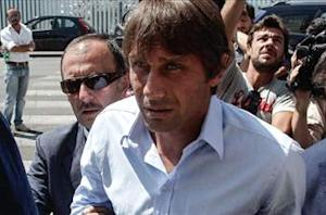 FIFA extends Juventus manager Antonio Conte's 10-month ban to all possible games