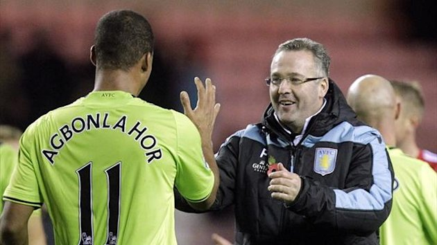 Gabriel Agbonlahor celebrates victory over Sunderland with Aston Villa boss Paul Lambert (AFP)