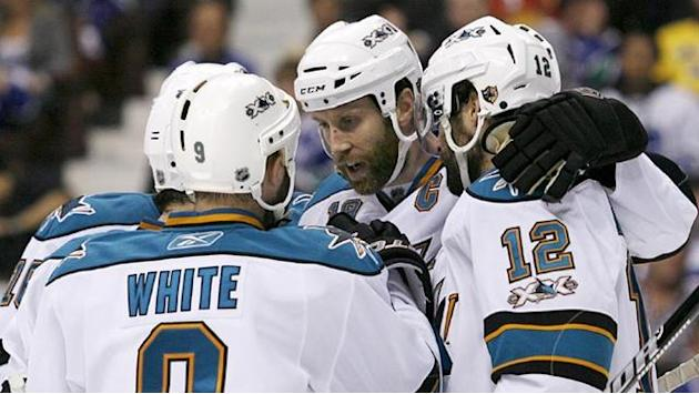 Ice Hockey - Marleau and Thornton extend Sharks deals