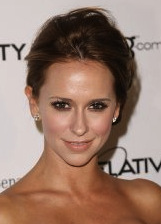 Jennifer Love Hewitt Developing Movie For Lifetime Inspired By Derfwad Manor Blog