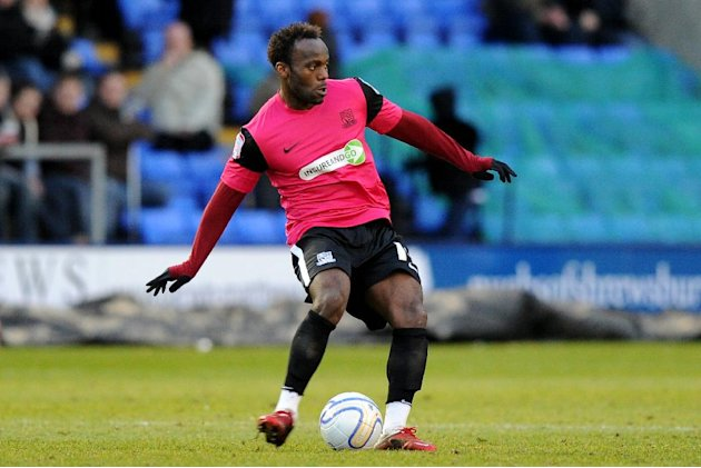 Southend have released Jean-Paul Kalala while Christian Dailly has announced his retirement