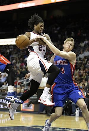 Millsap leads Hawks past Smith and Pistons, 93-85