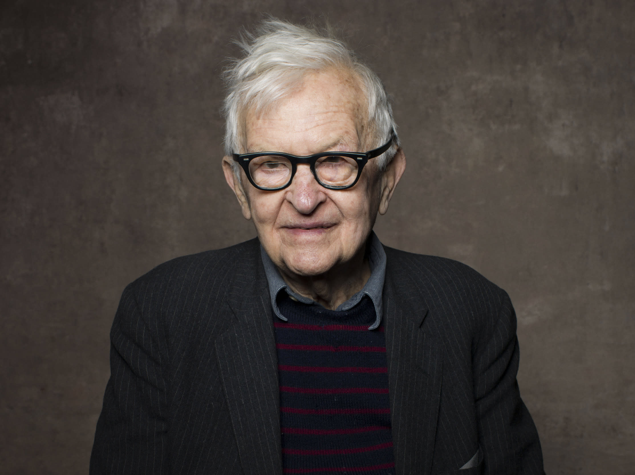Documentary filmmaker Albert Maysles dies at 88