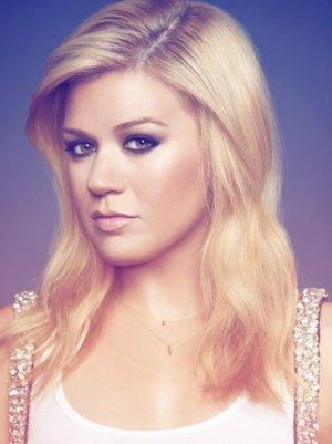 U.K. Government Trying to Stop Kelly Clarkson From Taking Jane Austen's Ring Out of Country